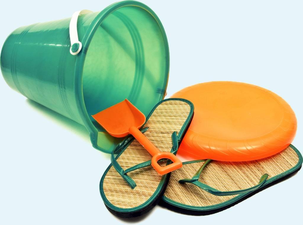Beach Supplies Sandals Bucket